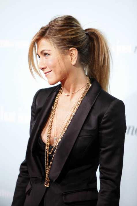 coleta-jennifer aniston