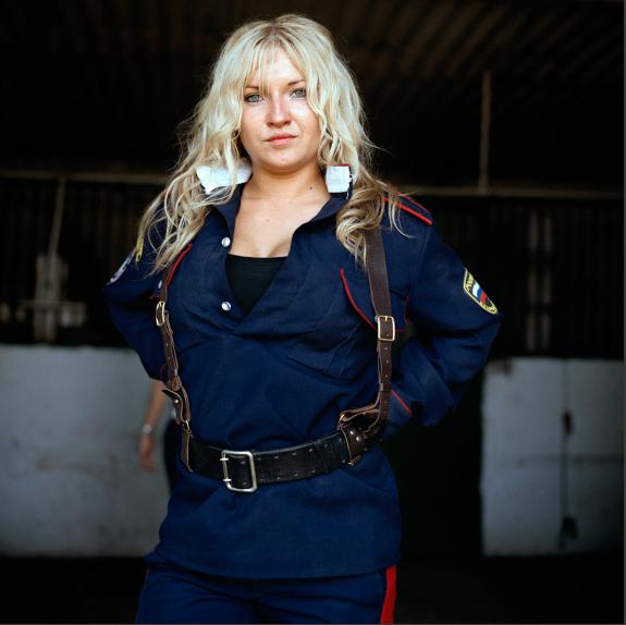 Anastasia Taylor-Lind 02