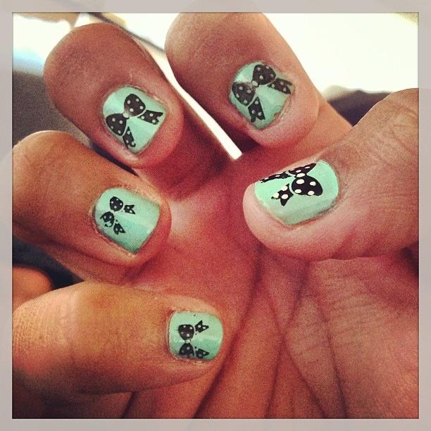 lacitos uñas