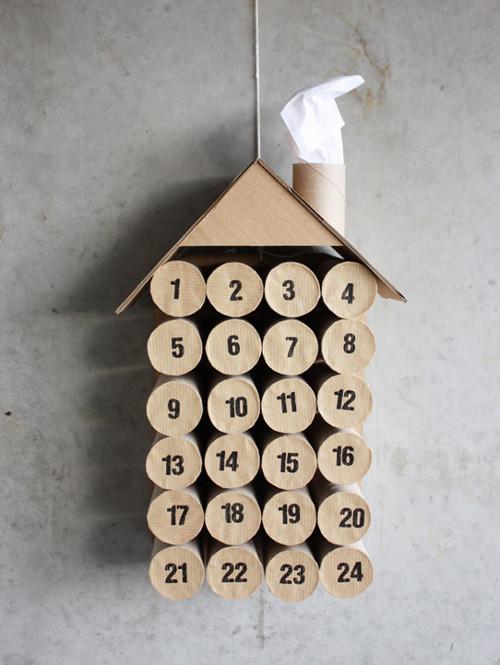 calendario de adviento rollos de papel higiénico casita