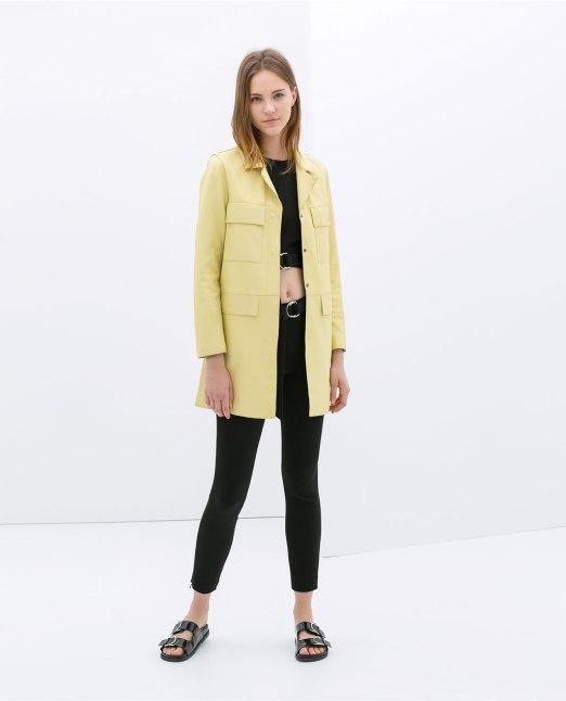 abrigo piel amarillo Zara